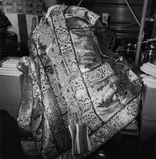 Bonze  1982, gelatin silver print, 16x20 in, 2926 ©Kozo Miyoshi