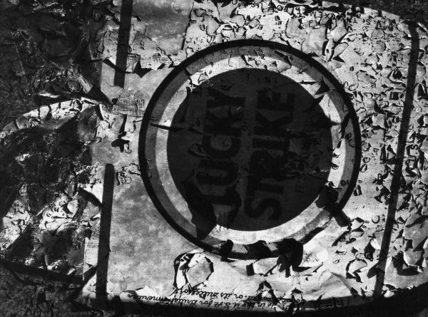 Lucky Strike, Tokyo, 1960-65, gelatin silver print : 1995, 18 x 22 in ©Kikuji Kawada