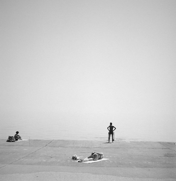 Chicago  1954, gelatin silver print mounted to board, 7 1/4 x 7 1/4 in ©The Estate of Harry Callahan