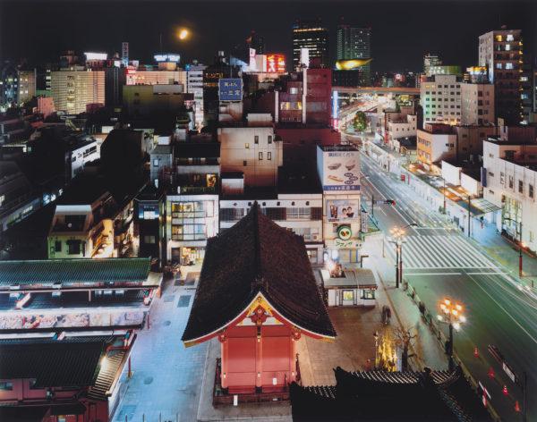 Kaminarimon, Taito-ku, chromogenic print : 2008, limited edition of 25, 16 x 20 in ©SATO Shintaro