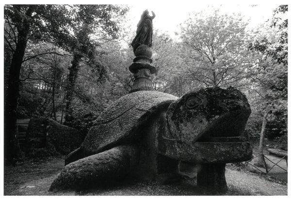 A Gigantic Tortoise with a Figure, Viterbi, Italy, 1966, gelatin silver print : 1969, 201x302mm ©Kikuji Kawada