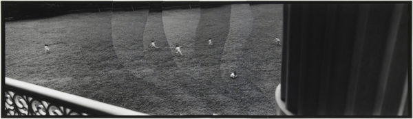 Wind and Girls  2007, gelatin silver print on watercolor paper with glue, 115×405mm limited edition #1/1 ©Yoshihiko Ito