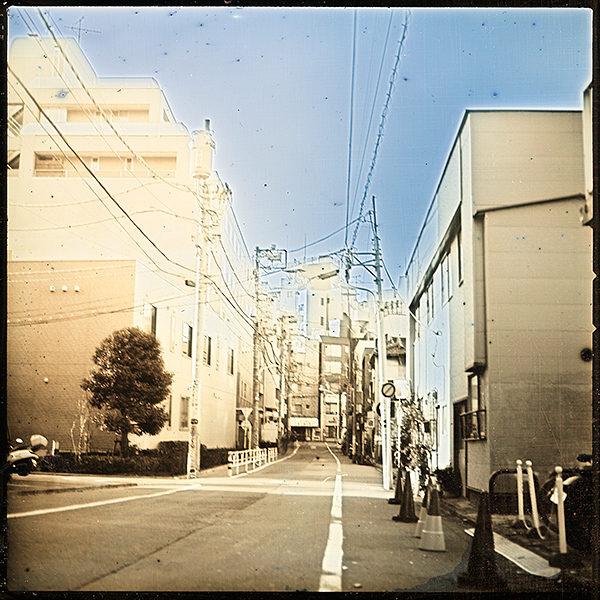 2012年12月19日 桜台 東京,  ダゲレオタイプ,  unique,  6.3 x 6.3 cm ©Takashi Arai