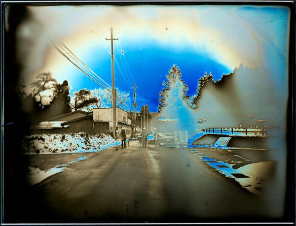 2012年1月12日  検問所  川内村, ダゲレオタイプ, unique, 19.3 x 25.2 cm ©Takashi Arai