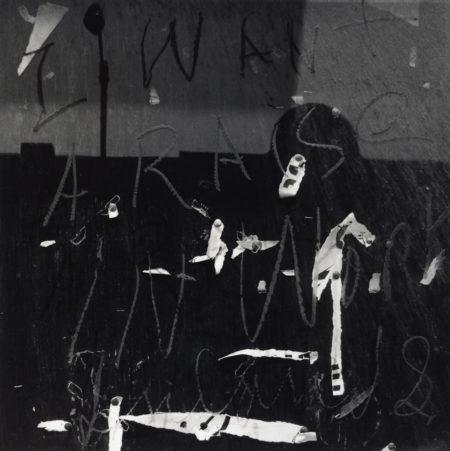 Chicago 224, 1953, gelatin silver print, 11x14 inches ©Aaron Siskind Foundation