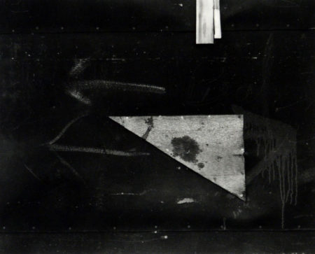 Gloucester 1, 1944, gelatin silver print, 8x10 inches ©Aaron Siskind Foundation