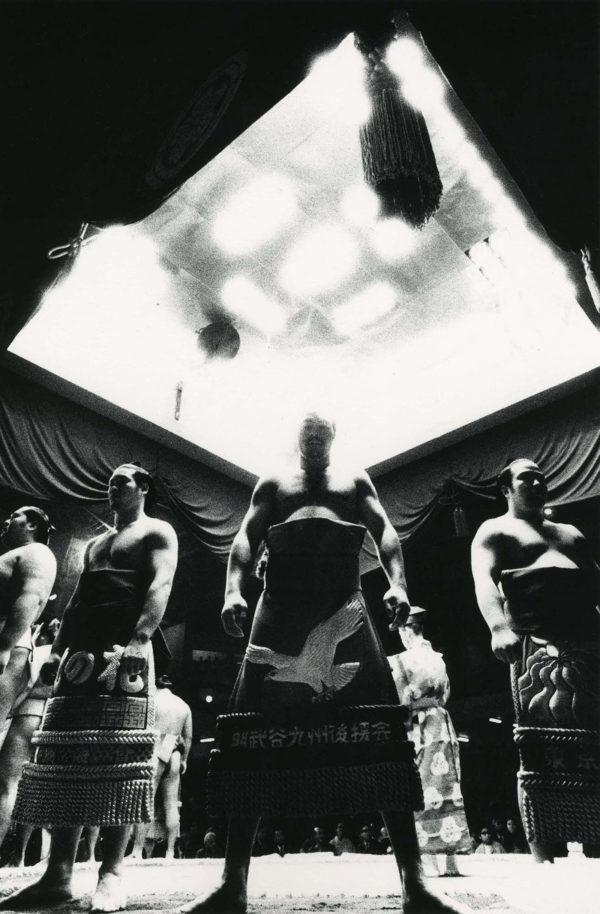 近くて遙かな旅<角力> 1968, gelatin silver print:1989, 11 x 14 in, ©Narahara Ikko Archives