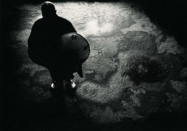 近くて遙かな旅<禅> 1969, gelatin silver print:1978, 16 x 20 in, ©Narahara Ikko Archives