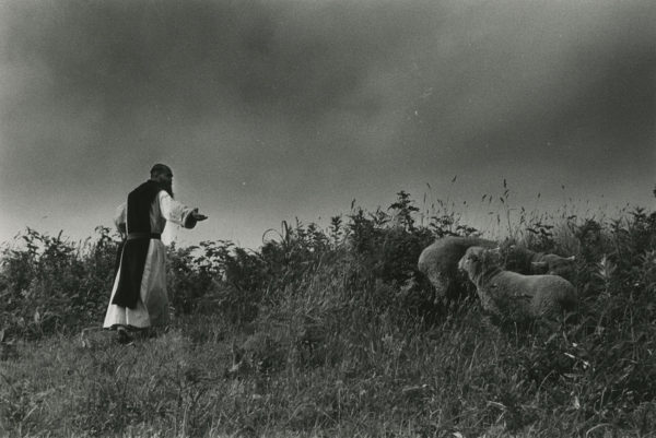 王国 沈黙の園, Gelatin silver print : 1958 / 1997, 16x20 in, ©Narahara Ikko Archives